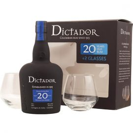 колумбийски ром диктадор с чаши